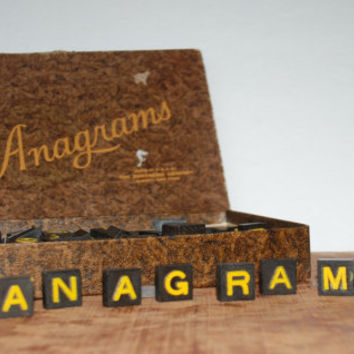 Vintage 1930's Anagrams Game by The Embossing Company 180 Pieces