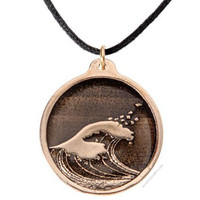 Hokusai Wave Round Necklace on Sale for $39.95 at HippieShop.com