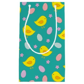 Cute Easter pattern with chickens, eggs, flowers Small Gift Bag
