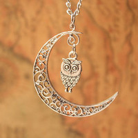 owl necklace,moon necklace,retro silver little cute owl and crescent moon pendant---N092