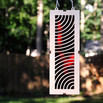Geometric Radio Waves Making for a Interesting Sun Catcher