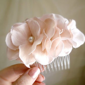 first blush  a floral comb by thehoneycomb on Etsy