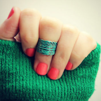 patina feather knuckle ring, midi ring, bird ring, bronze knuckle ring, unique ring